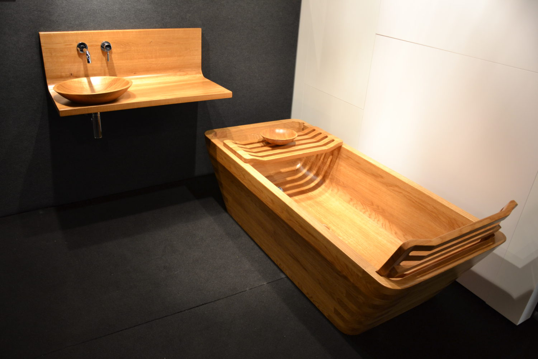 Meuble vasque et baignoire en chêne massif
