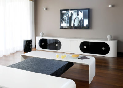 Meuble TV et table basse en Corian®