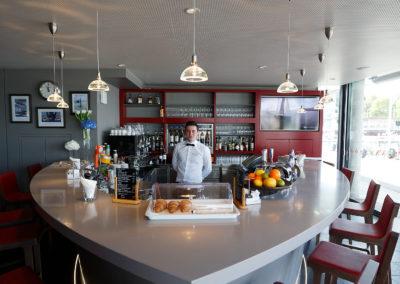 Bar rétroéclairé en Corian®